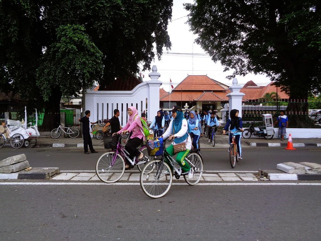 Setelah dari Musium Sonobudoyo Sepedha Bersama ke Tempat Wisata Tamansari